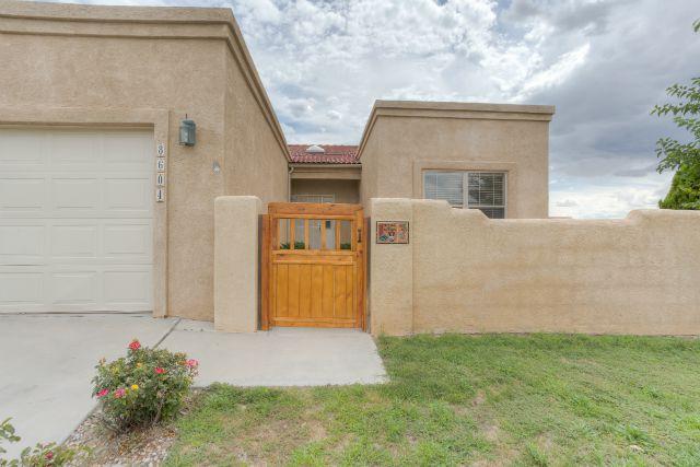 Las Marcadas Home for Sale in NW Albuquerque at 8604 Tia Christina