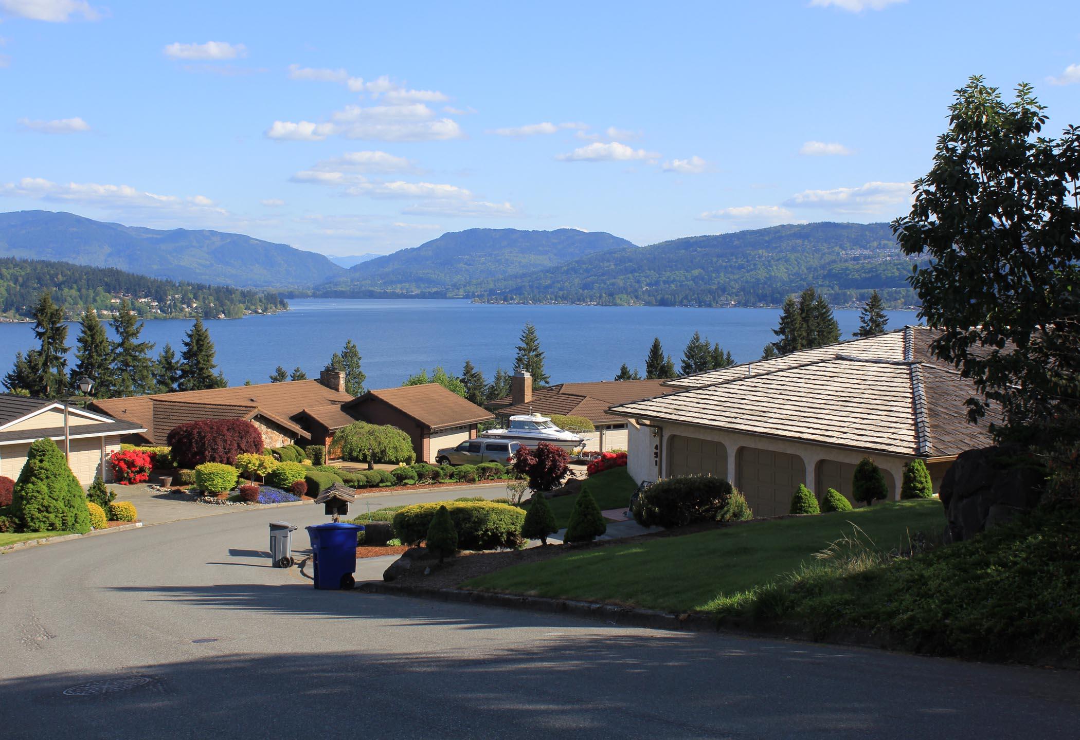 Lochmoor Homes For Sale Bellevue Wa