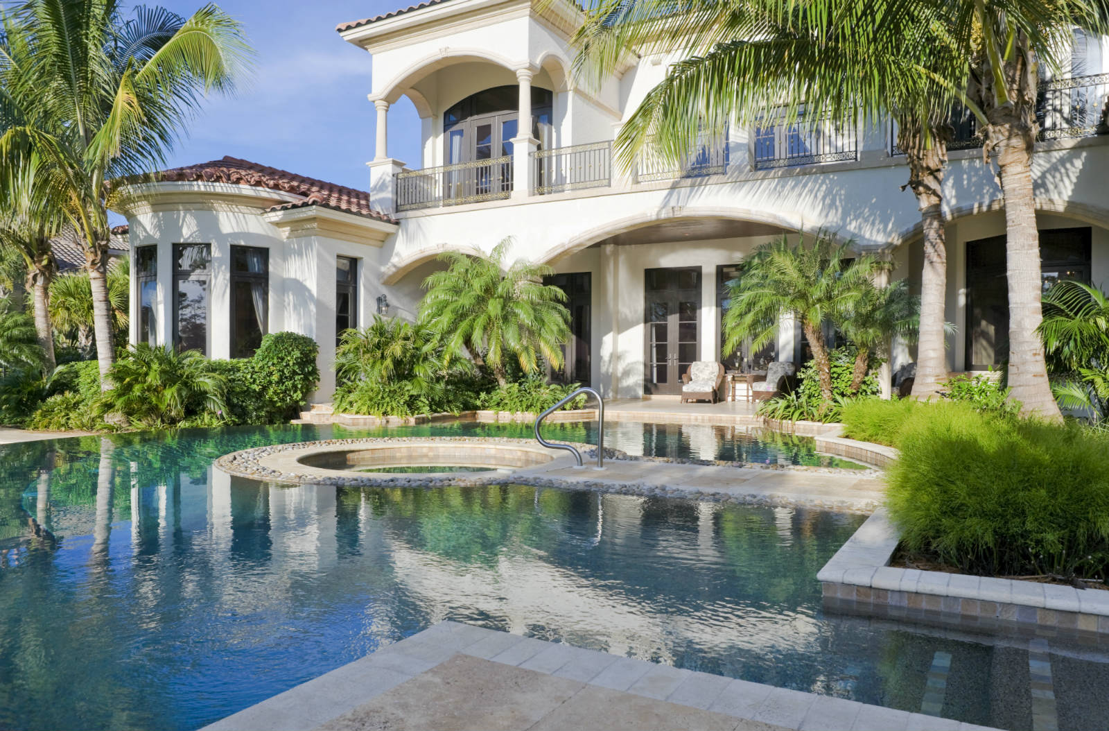 Sw florida property valuation for Luxury houses in florida