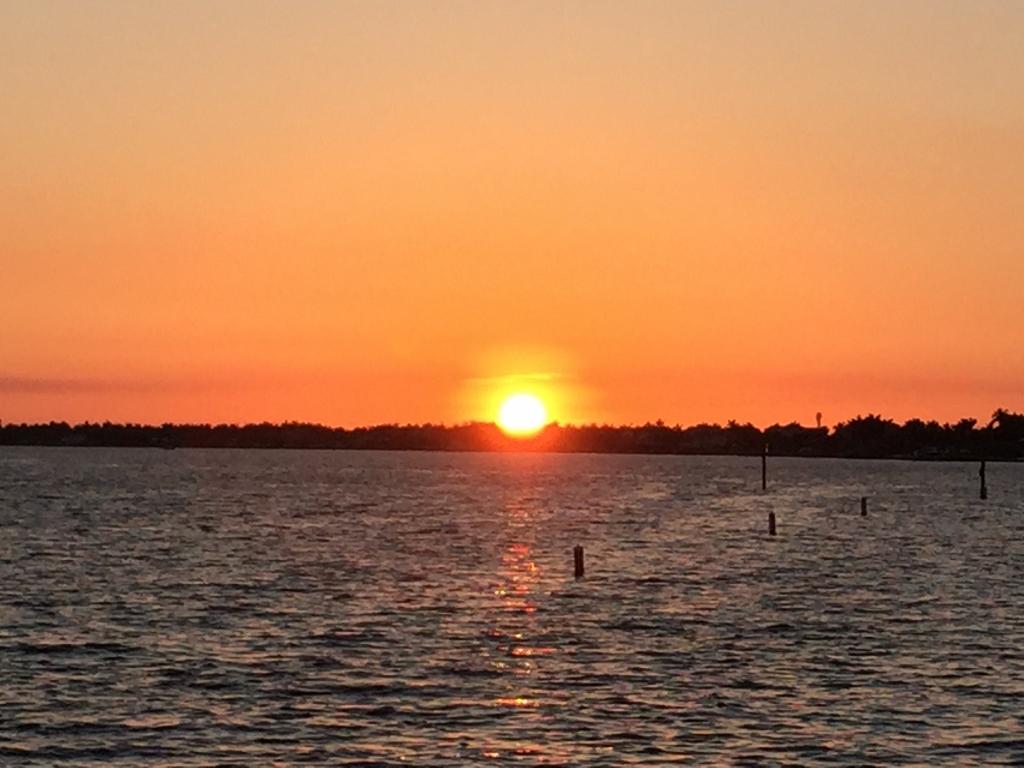 Sunset Celebration Yacht Club