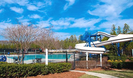 Weddington Chase Pool
