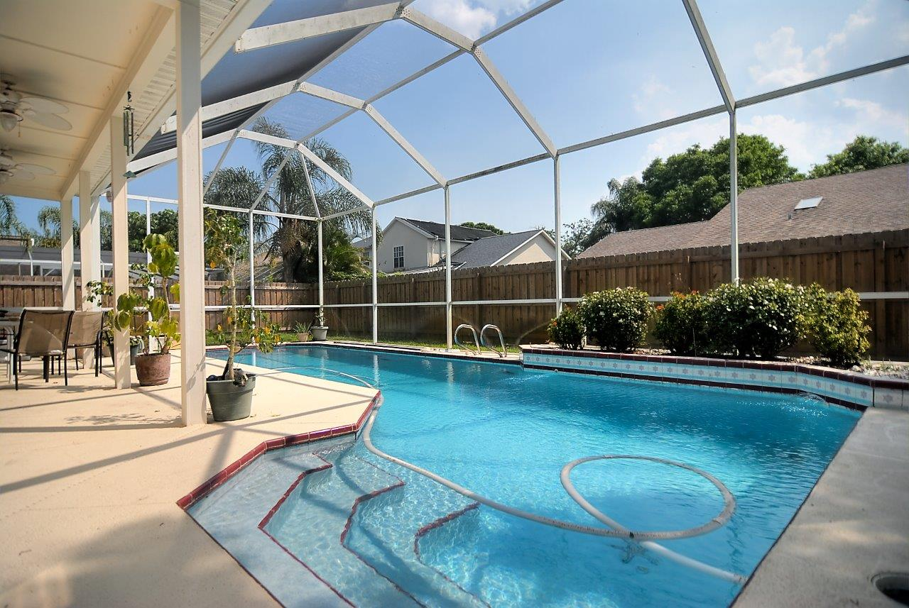 Just Listed Fantastic Pool Home In Weston Village Melbourne