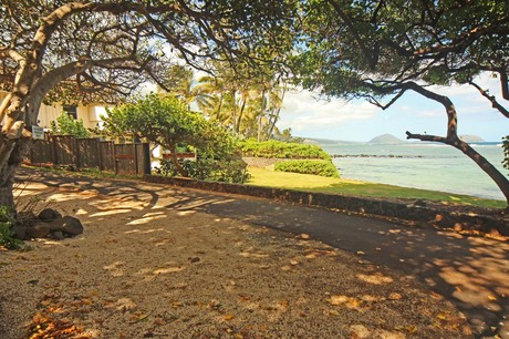 ocean front home for sale diamond head