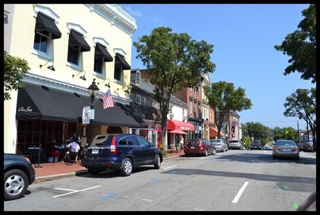 Downtown Fredericksburg Real Estate Street Image