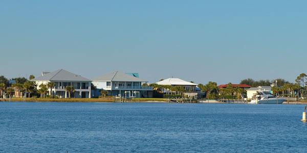 Waterfront homes at Pensacola Beach