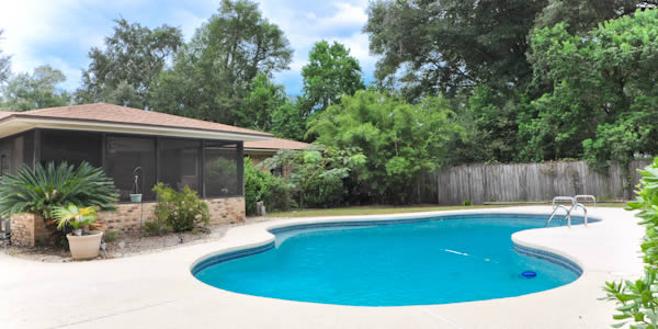 Pensacola homes for sale residential houses in pensacola fl for Florida pool homes