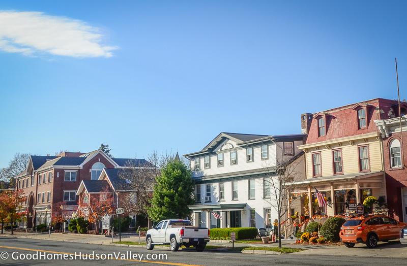 Goshen ny homes for sale real estate hudson valley for Tiny house for sale hudson valley