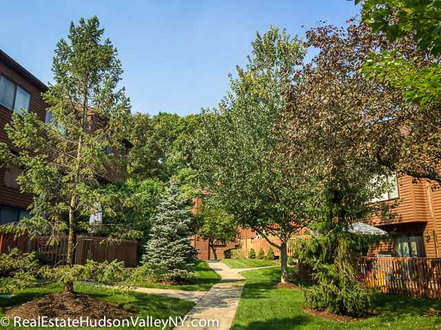 Timberline Condos And Townhouses For Sale At The Hamlets