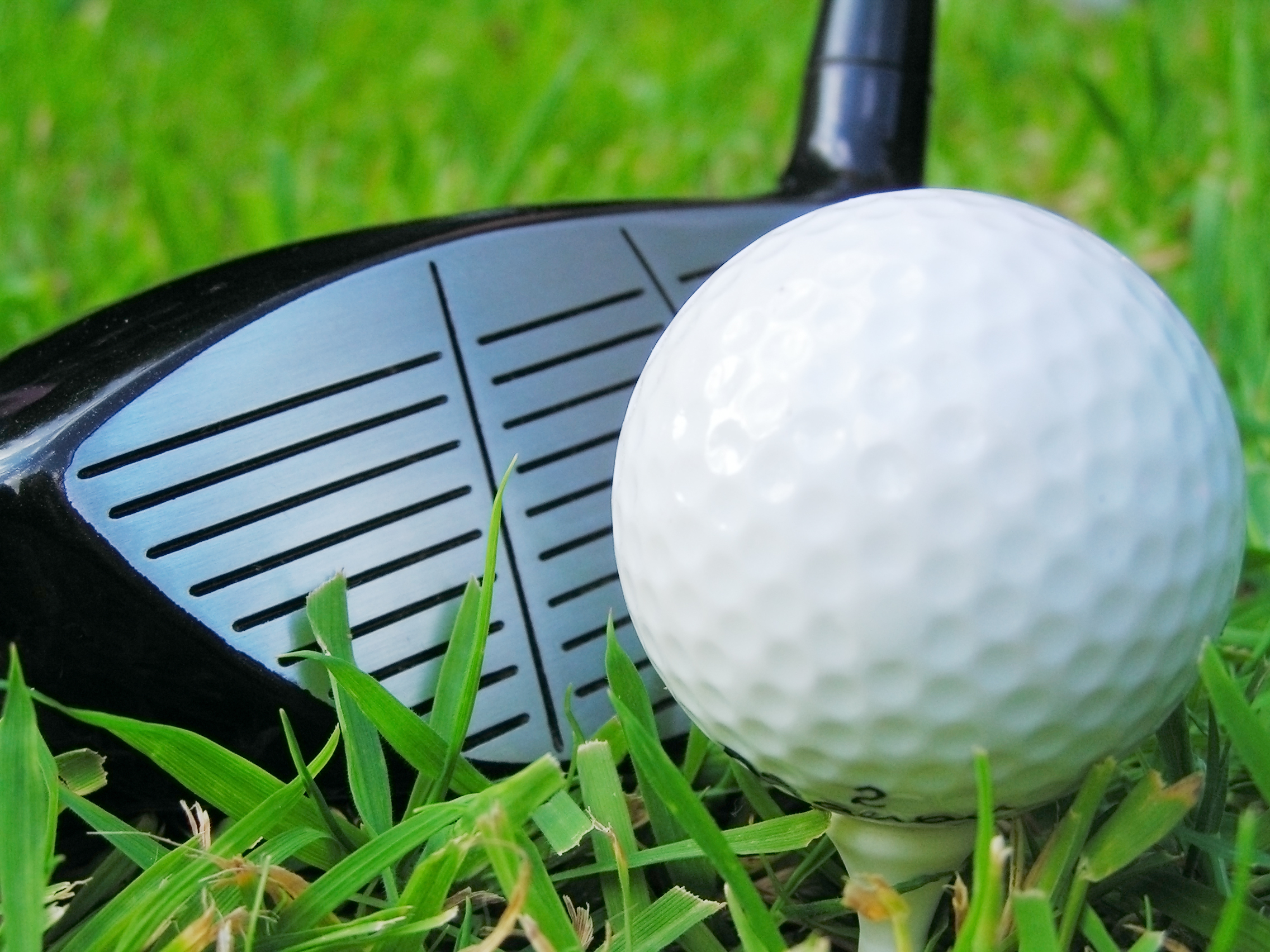 Go golfing on Lantana real estate.