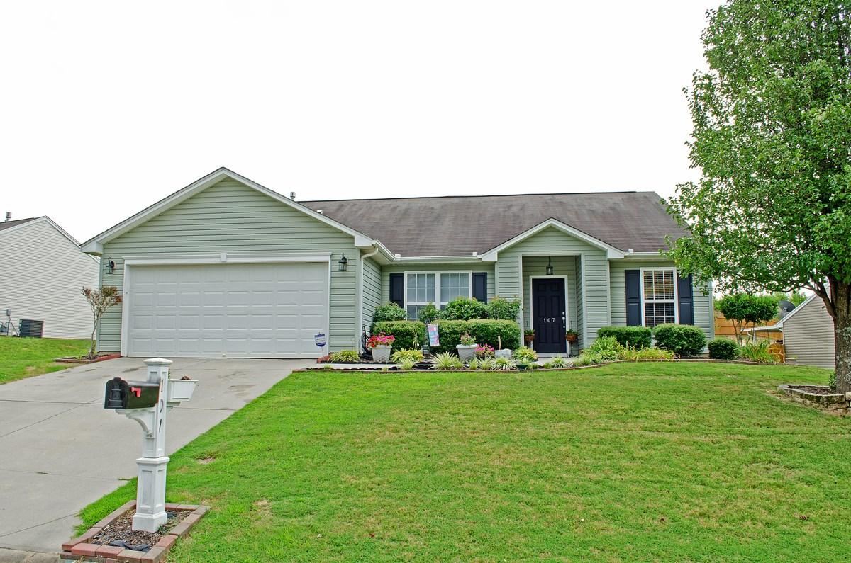 family friendly simpsonville sc home for sale 107 gar
