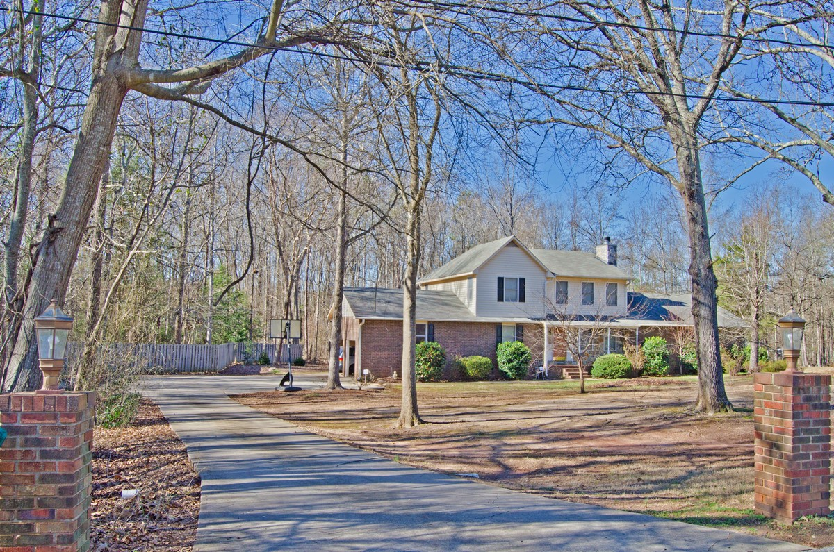 260 dogwood drive pacolet sc homes for sale 29372 for Dogwood homes