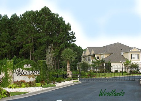 Woodlands Townhomes at Barefoot Resort