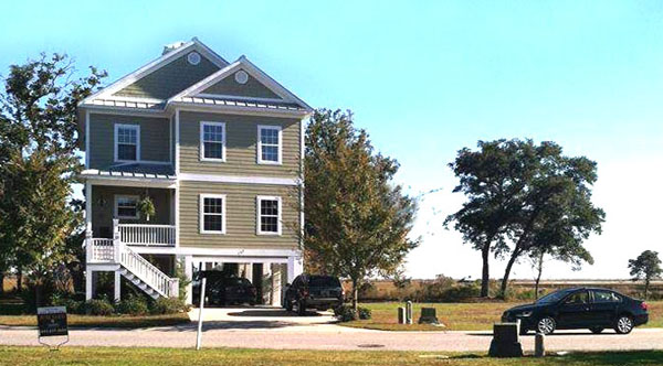Home in the Enclave of Pawleys Island