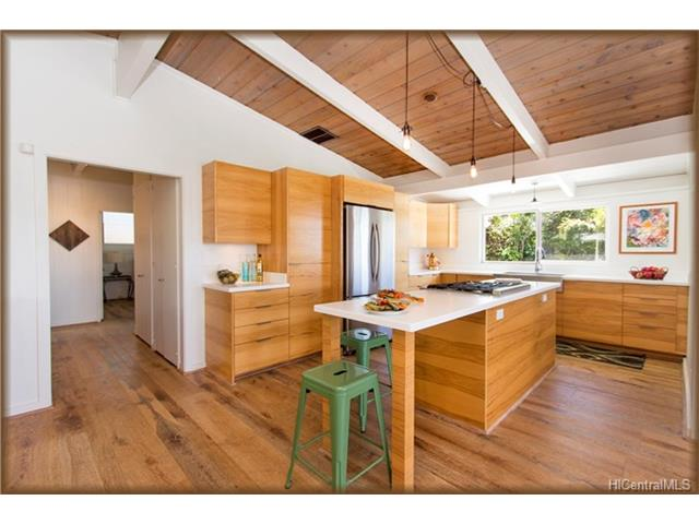 1778 Halekoa Kitchen 2