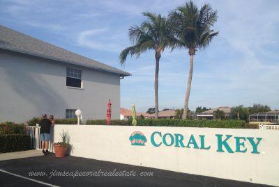 Coral Key Condo Water front Cape Coral