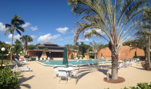 Courtyards of Cape Coral South Pool