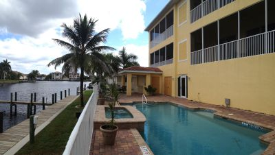 Sailors Cove Cape Coral Direct Access Canal