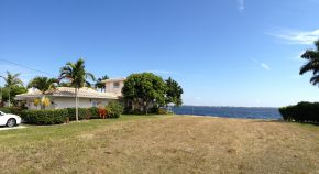 Riverfront view in the Corwallis neighborhood Cape Coral