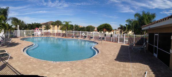 Heatherwood Lakes Clubhouse and Pool