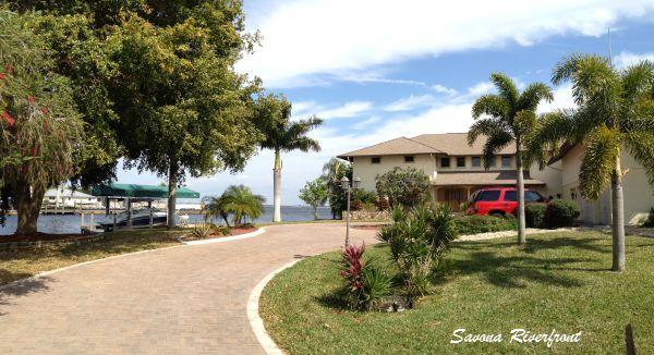 Riverfront Homes in Savona Cape Coral Florida