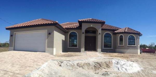 Gulf Access homes for Sale along Surfside Blvd Cape Coral