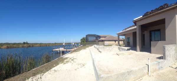 New Construction on the Spreader canal Cape Coral