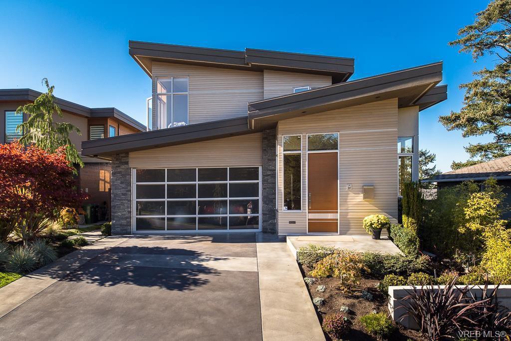 Luxury Home in Fairfield