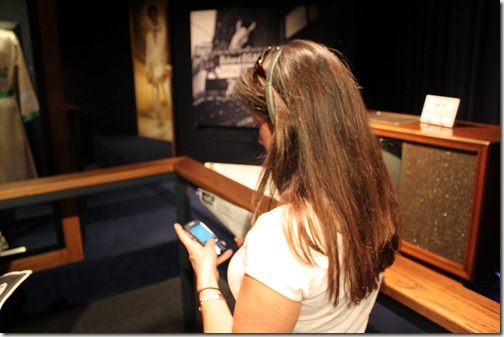 Twittering at Graceland