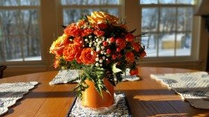roses and flowers in table centerpiece