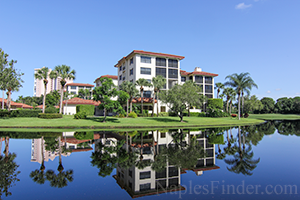 Lake View Condos In Naples Fl Condos With Lake View In
