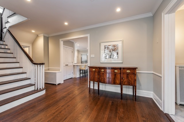 Room Before Foyer : North shore views