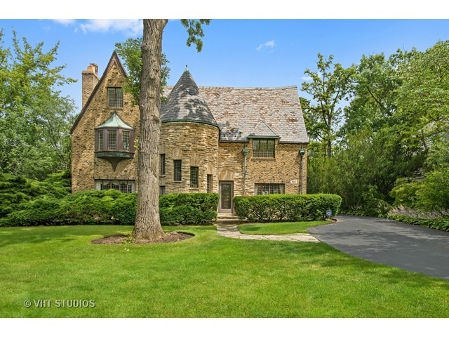historic home in Highland Park IL