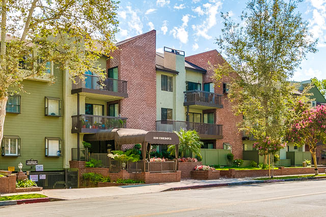 Pasadena condo complex on Cordova