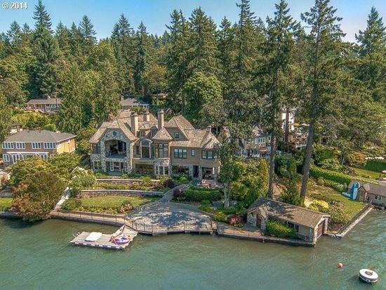 Waterfront Homes On Lake Oswego