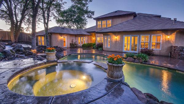 Luxury Homes in Treelake Village Granite Bay