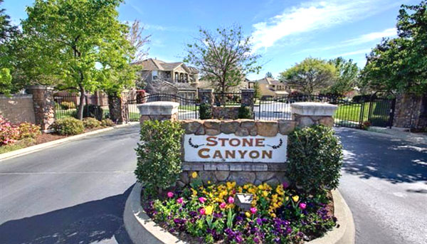 Entrance to houses in Stone Canyon, Roseville CA