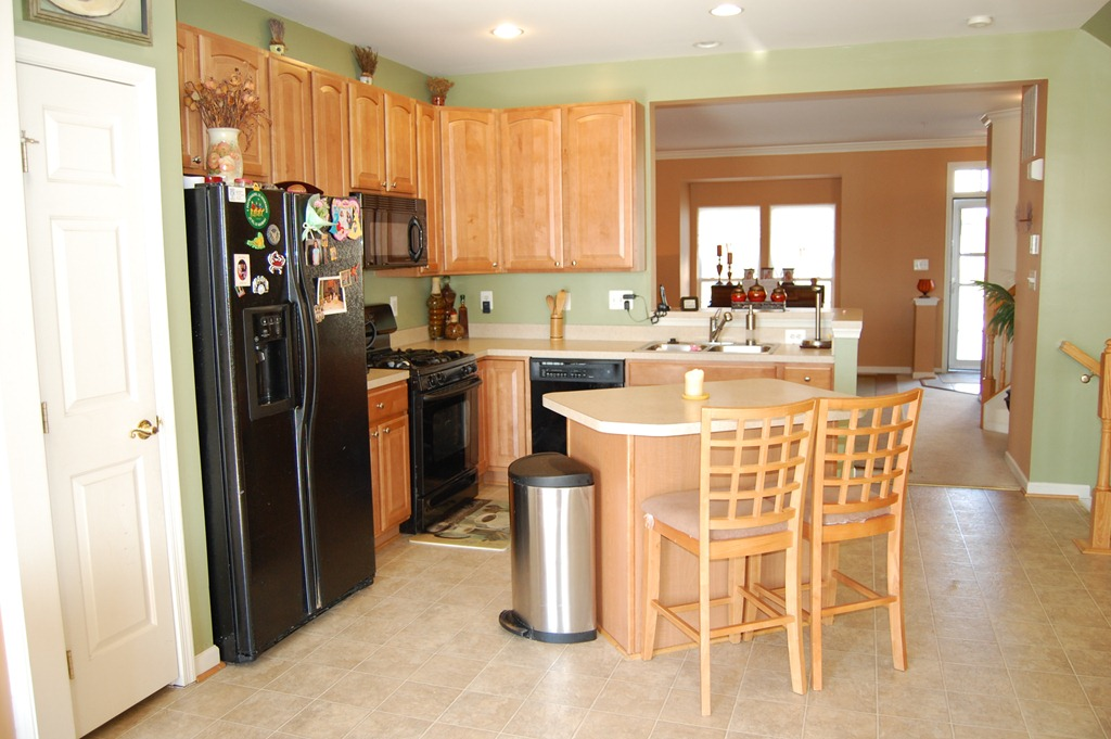 Featured Rental Listing In 9312 Penrose St Villages Of