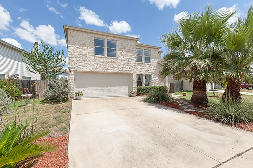1303 Water Spaniel Way - Round Rock - FOR SALE!