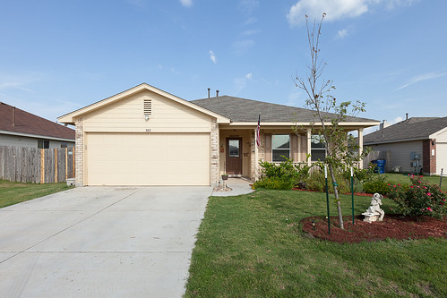 303 Forsyth Court - Hutto - FOR SALE!