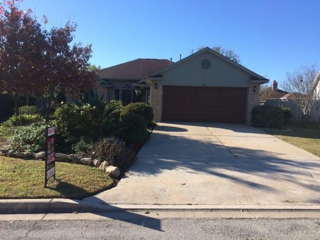 206 Orchard Way, Hutto, TX 78634