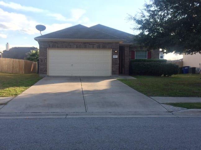 123 Brown Street, Hutto, TX 78634