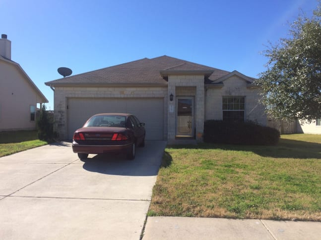 127 Brown Street, Hutto, TX 78634
