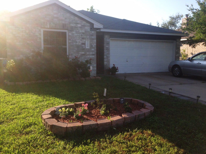 1100 Laurelleaf Drive, Pflugerville, TX 78660