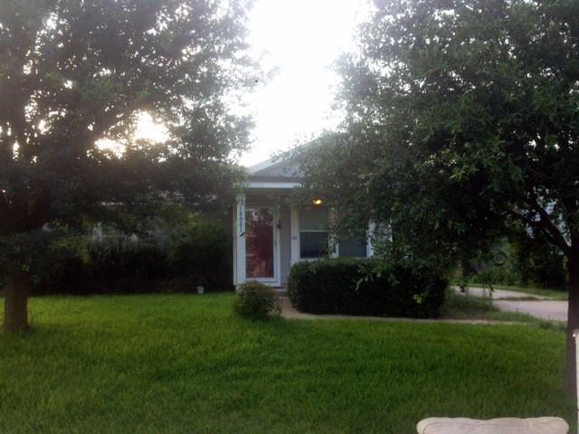 18001 Powder Creek Drive, Manor, TX 78653