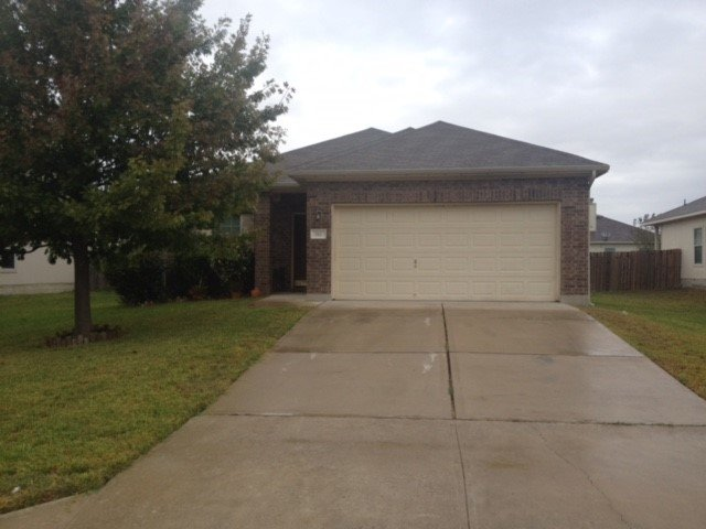 112 Brown Street, Hutto, TX 78634