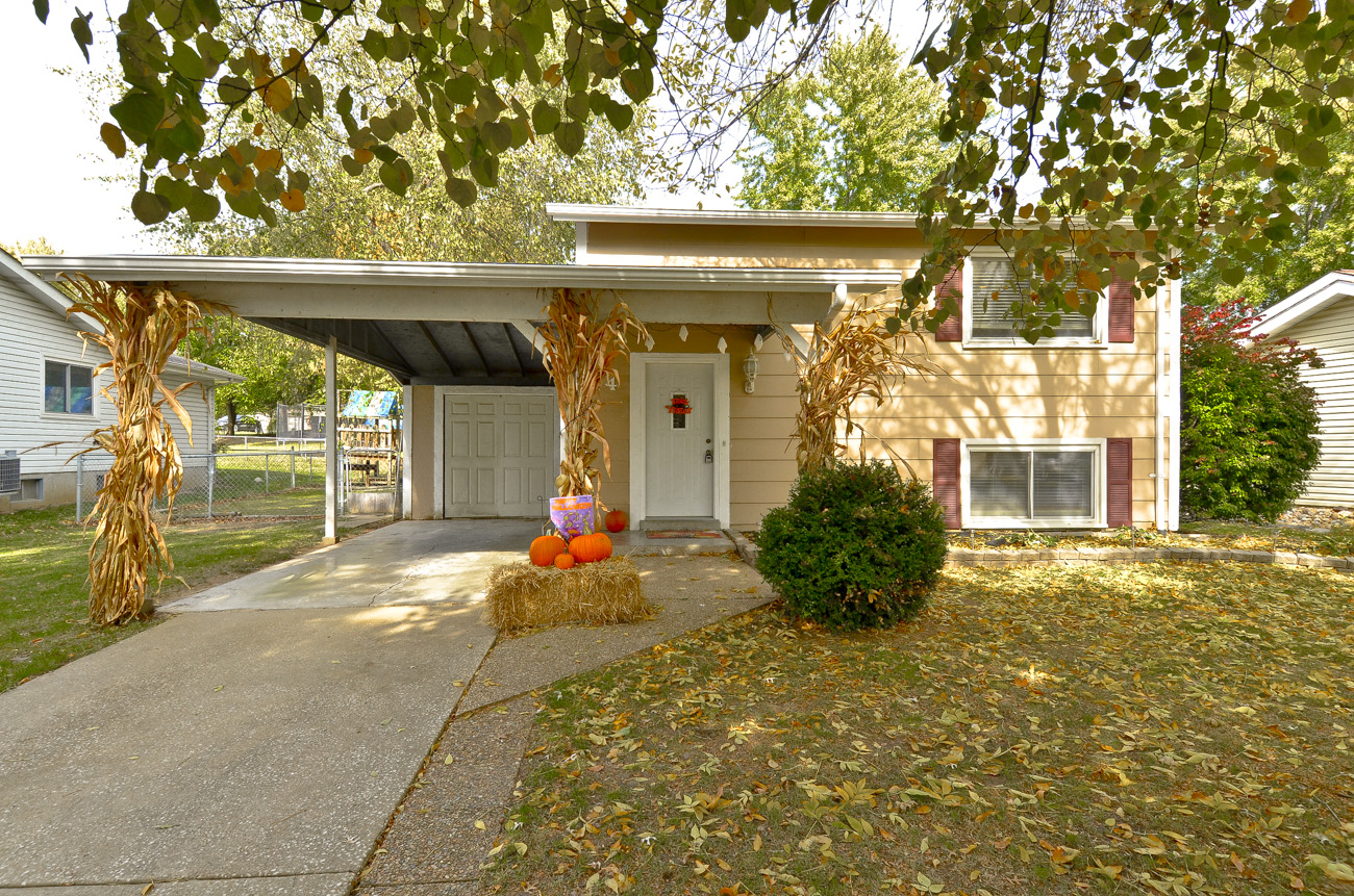 44 Southwinds St. Peters MO is for sale