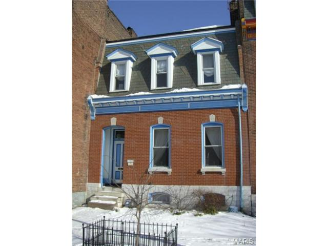 719 Lami St., St. Louis, MO 63104 is for sale