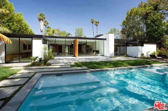 Mid-century Masterpieces Available in Los Angeles