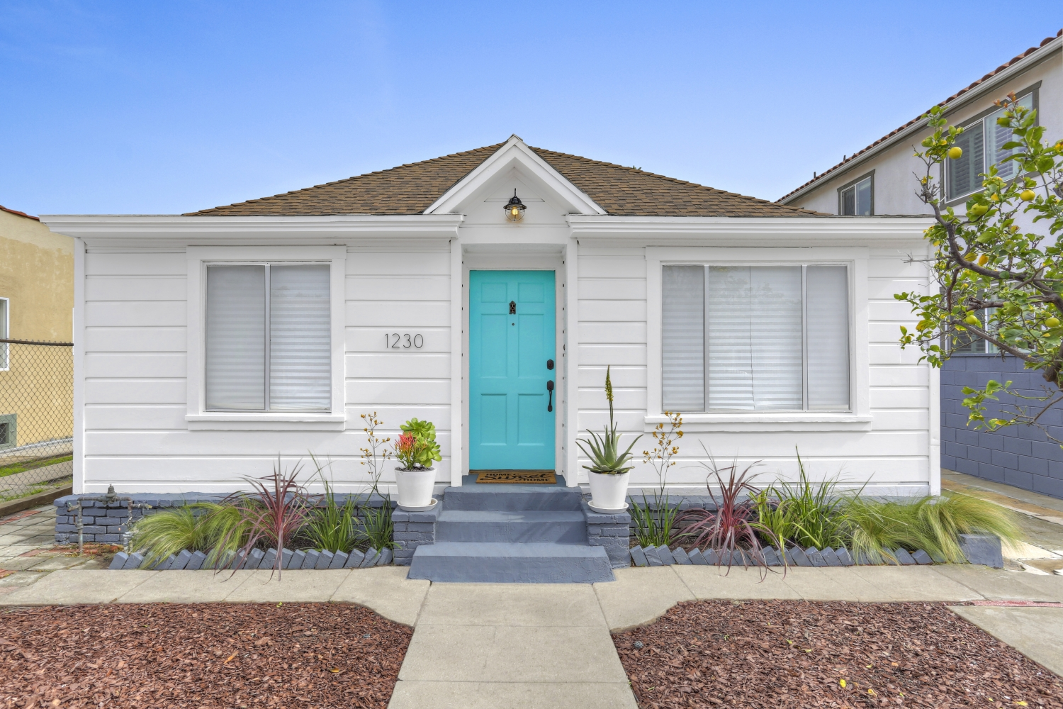 Mid-wilshire california bungalow