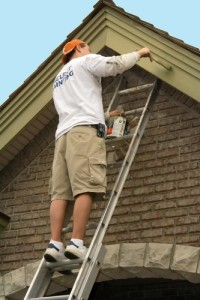 hiring a painter, things to do when hiring a painter, how to hire a painter, painting job, home painting, house painting, paint house, wall paint, hire painter, when to hire a painter